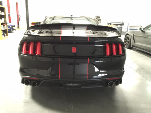 2016 Ford Mustang Shelby GT350R SHADOW BLACK WITH ...