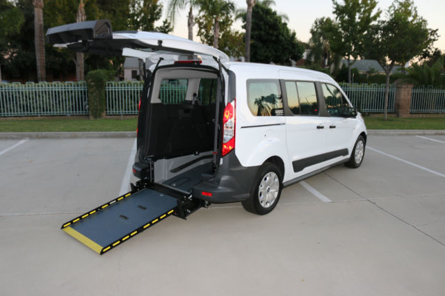 a043289943 2016 Ford Transit Connect XL Wheelchair Van with Rear Entry Manual Ramp 2.5L
