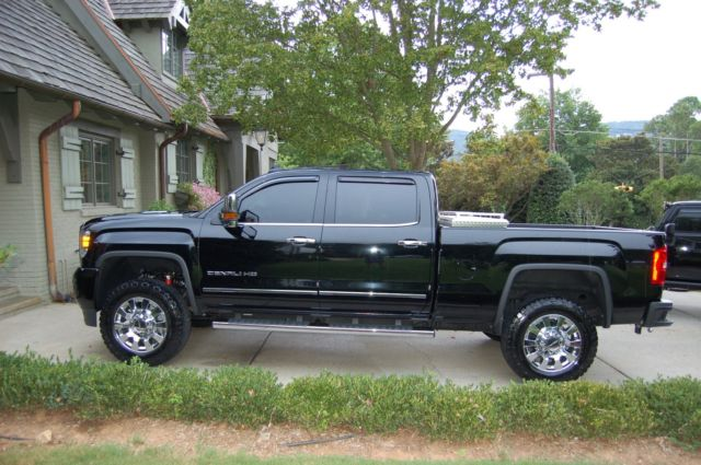 2016 gmc seirra denali duramax 2500 4x4 2800 miles msrp. Black Bedroom Furniture Sets. Home Design Ideas