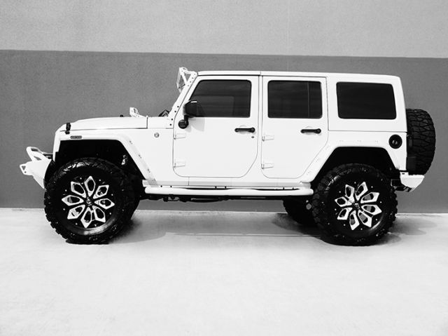 2016 Jeep Wrangler Unlimited Nav Leather Custom White