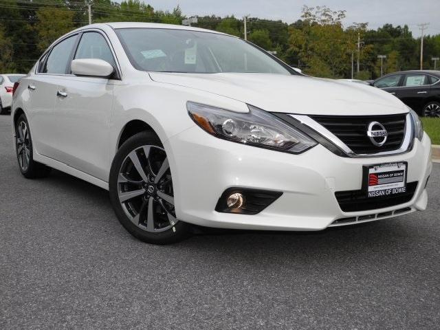 2016 nissan altima 2 5 lt sr white. Black Bedroom Furniture Sets. Home Design Ideas