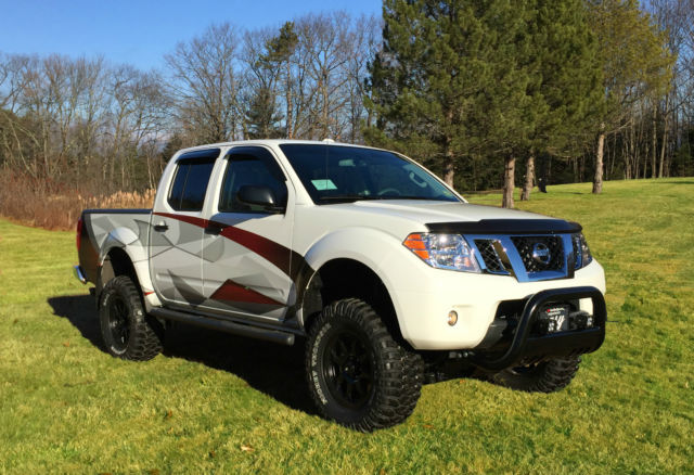 2016 Nissan Frontier Crew Cab 4x4 Custom Built Off Road