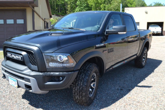 2016 ram rebel 1500 v8 loaded hemi 5 7l bilstein air. Black Bedroom Furniture Sets. Home Design Ideas