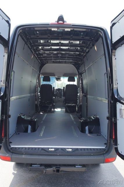 Sprinter Cargo Van In Wb Wd X Cylinder