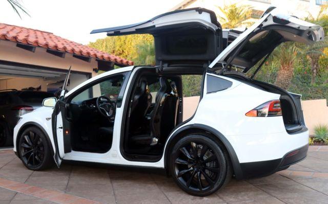 2016 Tesla Model X 90d White With Black Interior 22 Onyx