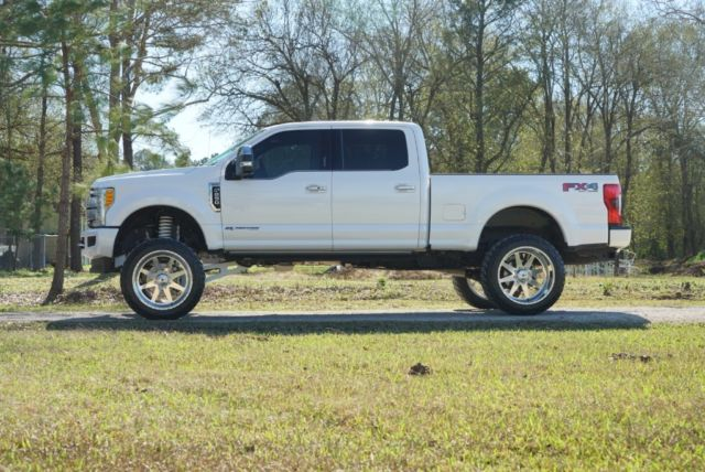 """2017 Ford F-250 Platinum 6"""" BDS Lift 24"""" American Force 375 Nitto Rock Light"""