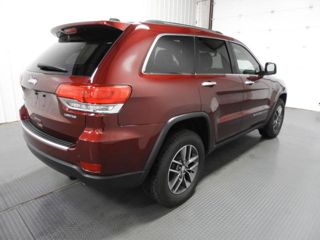 2017 jeep grand cherokee limited 4x4 15 802 miles red suv v 6 cyl automatic. Black Bedroom Furniture Sets. Home Design Ideas