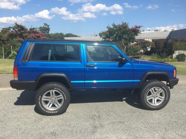 4x4 restored jeep cherokee sport 2 door manual trans off road lifted