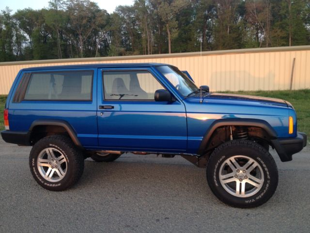 4X4 RESTORED JEEP CHEROKEE SPORT 2 DOOR MANUAL TRANS OFF ROAD ...