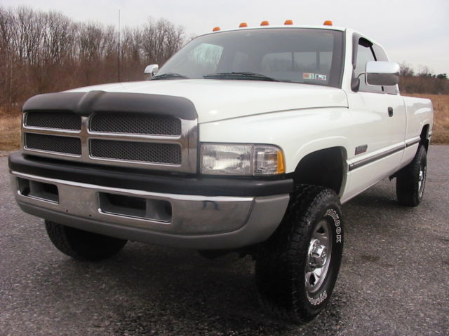 97 dodge ram 2500 4wd larimie slt cummins 12 valve turbo diesel 5 speed 199k. Black Bedroom Furniture Sets. Home Design Ideas