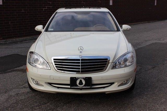 BEAUTIFUL 2007 MERCEDES-BENZ S550 4-MATIC, LOADED, JUST SERVICED