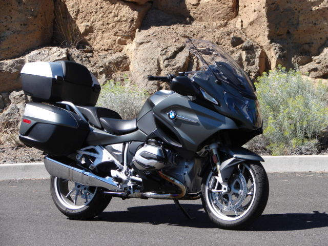 beautiful loaded bmw r1200rt perfect condition premium. Black Bedroom Furniture Sets. Home Design Ideas