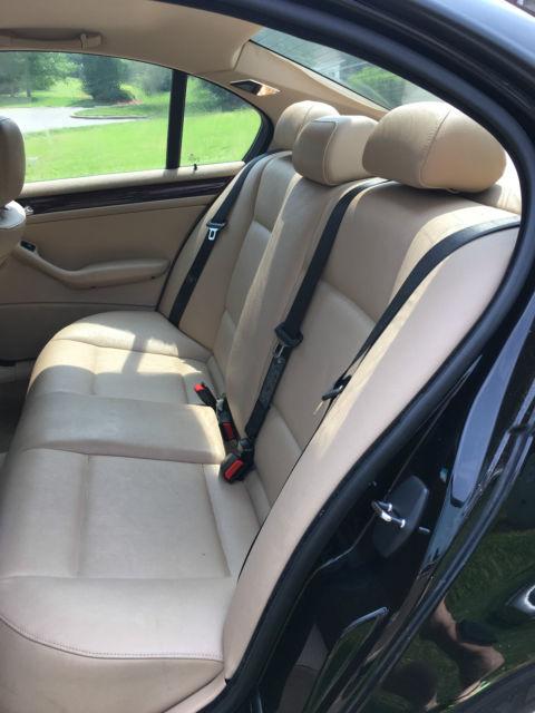 2004 bmw 325i interior