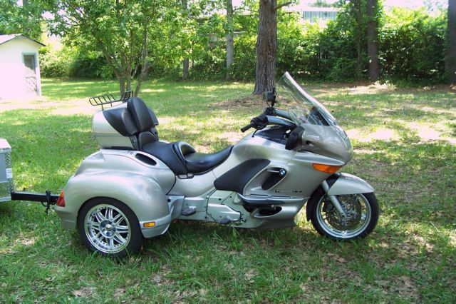 Bmw K1200lt A Hannigan Trike Motorcycle With Covered Wagon