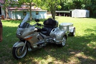 171288 Bmw K1200lt A Hannigan Trike Motorcycle With Covered Wagon Trailer moreover  on w blue tooth motorcycle helmets
