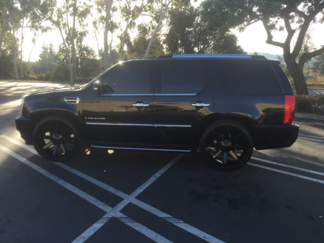 Cadillac Escalade 26s Lowered And Fully Loaded No Reserve