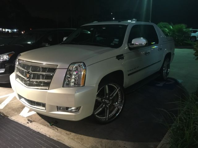Cadillac Escalade Ext 26 Inch Wheels Platinum Headlights