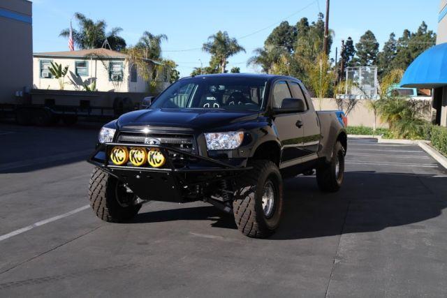 Camburg Toyota Tundra Pre-Runner 2011 Trophy style truck