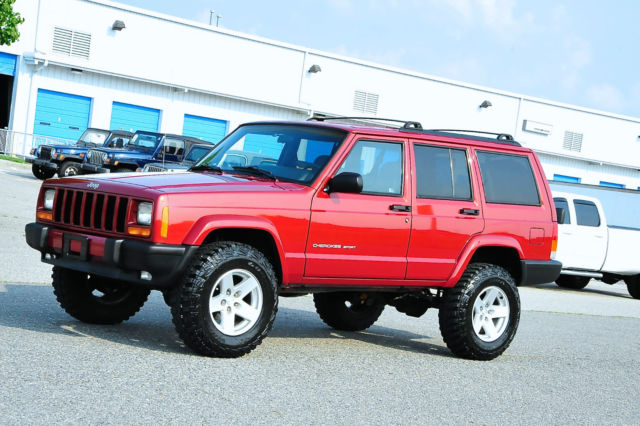 CHEROKEE SPORT XJ / ONLY 68K MILES / LIFTED / OLD MAN EMU ...