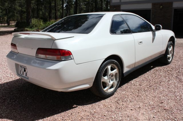 clean white 1998 honda prelude shell w f20b engine and. Black Bedroom Furniture Sets. Home Design Ideas