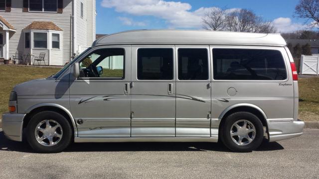 conversion van,custom van, luxury van ,savana van,gmc van,explorer van