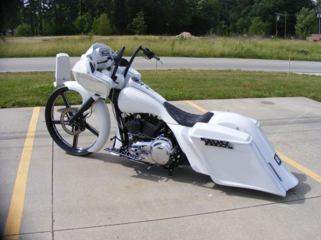 5dvdn Neeed Know Wires Go 2008 Road Glide Twist further Wholesale Road King Fairing besides Harley Sdometer Wiring Diagram further Davidson Fairing Diagram Free Download Wiring Schematic moreover Harley Roadking Wiring Harness Diagram. on tour glide radio