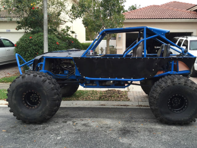CUSTOM JEEP 4X4 ROCK CRAWLER