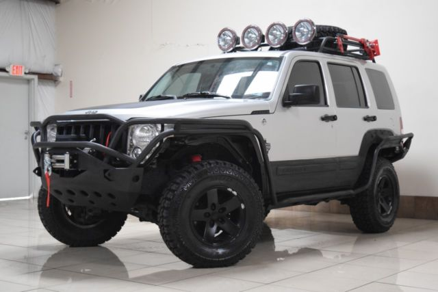 CUSTOM LIFTED JEEP LIBERTY 4X4 TOW WINCH BLK RIMS LOW MILES