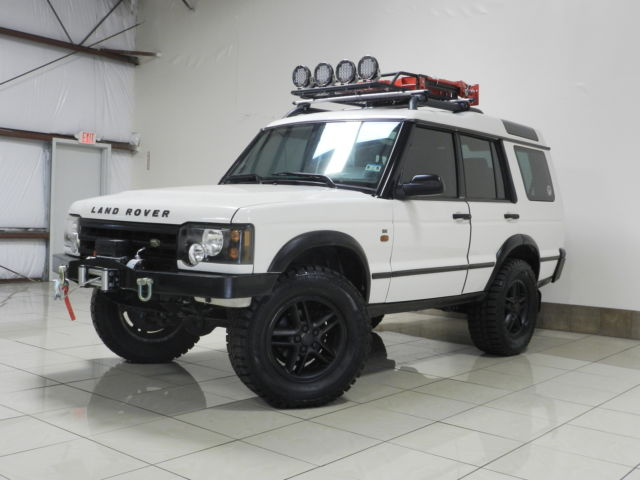 Custom Lifted Land Rover Discovery 2 Winch 3rd Row Seat
