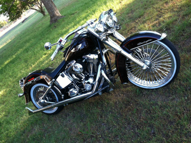 Custom Softail Deluxe - Lowrider style