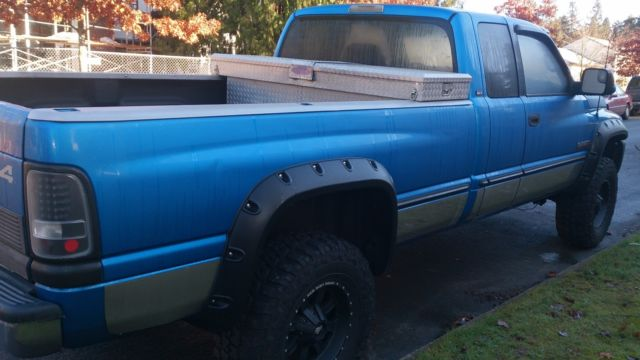 dodge 2500 ram cummins turbo diesel 24 valve slt 4x4 3 4 ton long bed truck 98. Black Bedroom Furniture Sets. Home Design Ideas
