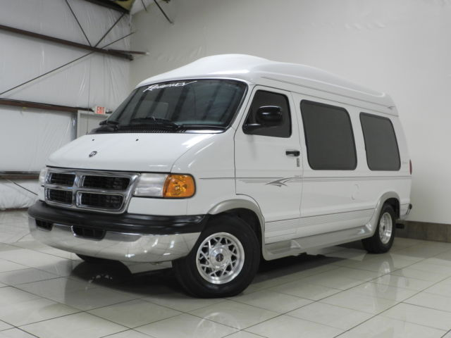 DODGE RAM HANDICAP REGENCY HIGH TOP CONVERSION VAN HAND CONRTOL PWR LIFT 58k MIL
