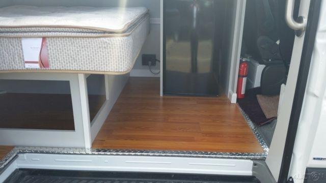 expeditor hanvey conversion bed tv microwave 2015 sprinter 2500 170 e 6 cyl. Black Bedroom Furniture Sets. Home Design Ideas