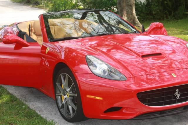 Ferrari California 2010 Convertible Red W Tan Leather Interior Radio