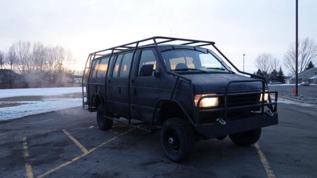 1996 Ford E Series Van Club Wagon