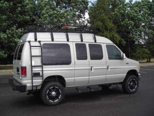 Ford E 350 Super Duty 4X4 Quigley Starcraft Conversion Passenger Van