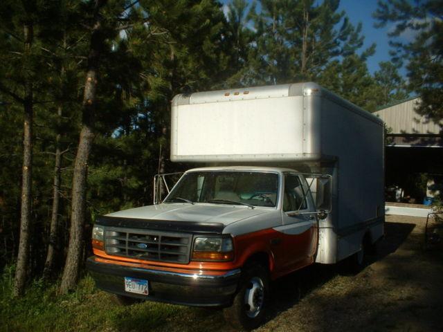 Ford F-350 XL Box Truck retired Uhaul moving truck