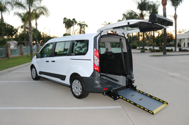 5e769a6098 FORD TRANSIT CONNECT WHEELCHAIR ACCESS MOBILITY VAN WITH REAR ENTRY MANUAL  RAMP