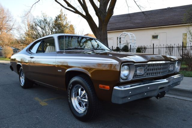 gorgeous hot rod 1974 plymouth duster coupe v8 bucket seats withgorgeous hot rod 1974 plymouth duster coupe v8 bucket seats with console wow !!
