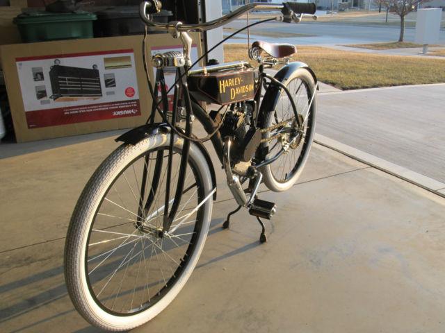 Vintage Motorcycle Replicas 15