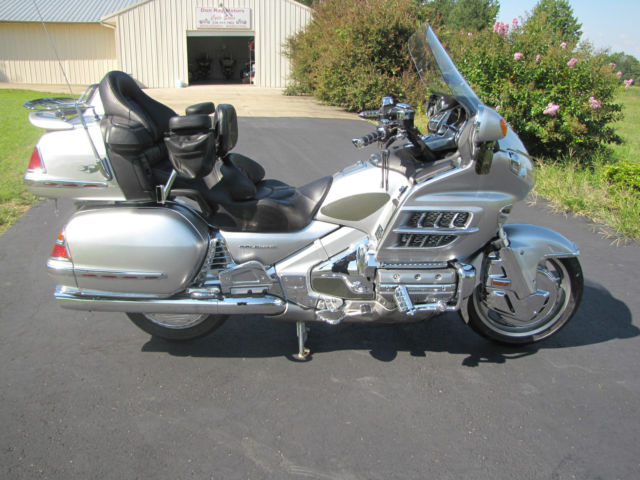 Honda Gl1800 Goldwing 30th Anniversary Absolutely Loaded