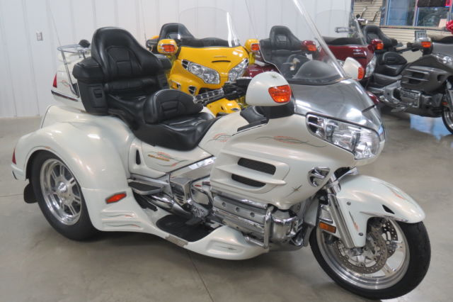 Looking For A Used Goldwing Trike Upcomingcarshq Com