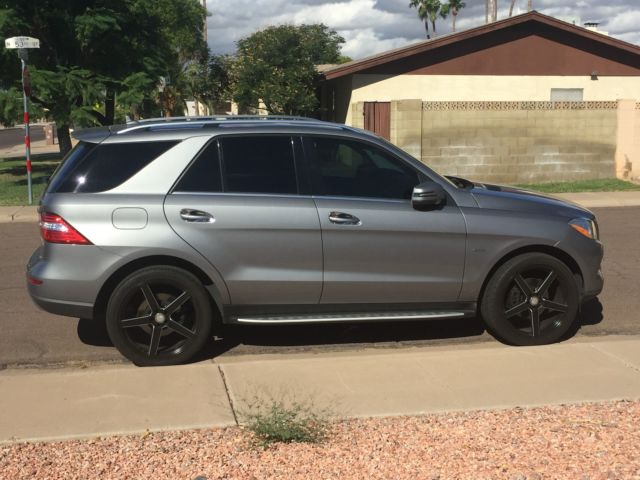 Immaculate 2012 mercedes ml350 gray with black interior for Mercedes benz factory tint