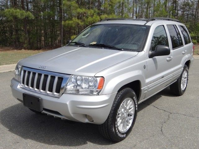 jeep 2004 grand cherokee limited v8 4x4 navigation s roof low miles. Black Bedroom Furniture Sets. Home Design Ideas