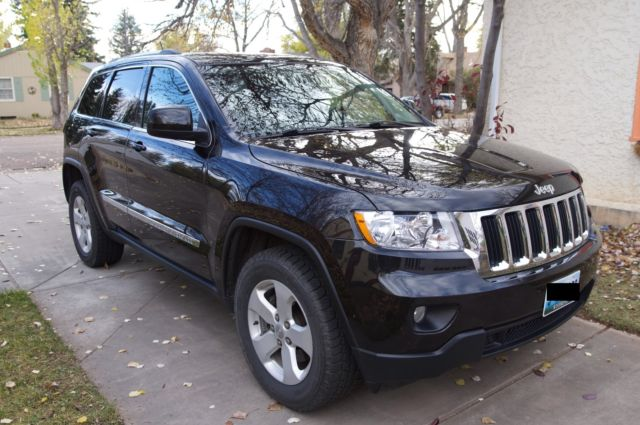 jeep grand cherokee laredo 2012 v6 awd 4wd leather seats. Black Bedroom Furniture Sets. Home Design Ideas