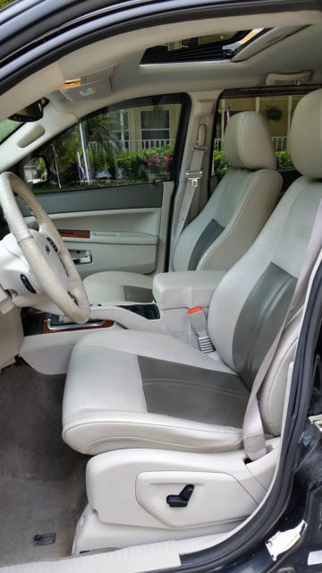 Jeep Grand Cherokee Limited Sport 4X4 5.7 Liter V8 Hemi