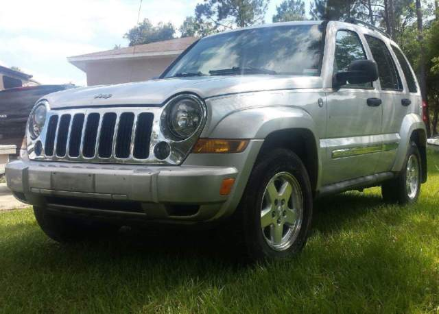 jeep liberty crd 4x4 limited turbo diesel 30 mpg. Black Bedroom Furniture Sets. Home Design Ideas