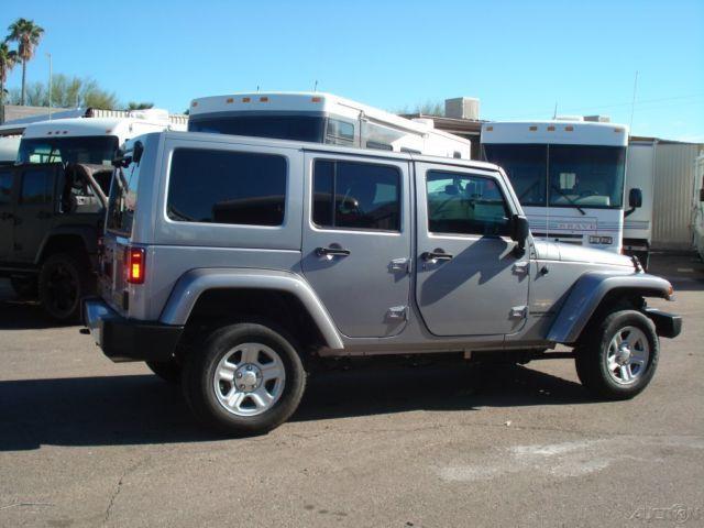 jeep sahara wrangler unlimited silver 4 door hard top. Black Bedroom Furniture Sets. Home Design Ideas