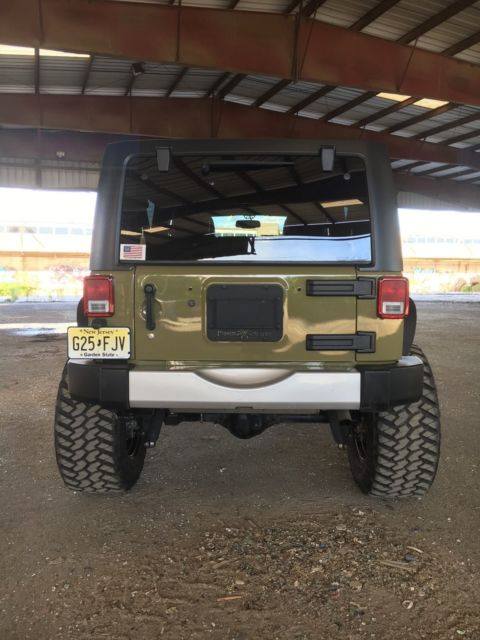 Lifted Jeep Wrangler Unlimited Sahara 38 Inch Tires