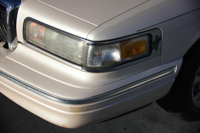 lincoln 1996 town car cartier edition